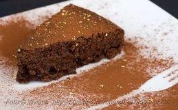 Torta al Cioccolato e Pere Vegana batte Incenso 2.000.000 ad 1 :-)